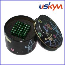 Ensemble de boules magnétiques en boîte à étain (T-004)