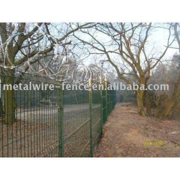 clôture de fer ornementale