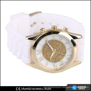 alloy case quartz watch with silicone band