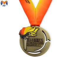 Kundenspezifische Sportfackelmedaille aus Metall