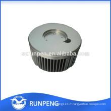 Précision en aluminium Pièces de radiateur de lumière de moulage mécanique sous pression LED