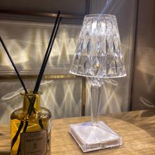 Lumière de table en cristal menée rechargeable acrylique portative d'hôtel