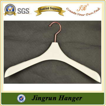 Alibaba Express Wholesale Plastic Jacket Hanger Clothes Hanger