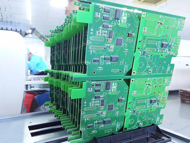 High quality PCB with green solder mask