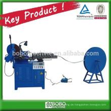 Vorgespannte Wellrohrherstellungsmaschine
