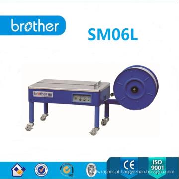 Máquina de embalagem de cintar semiautomática com mesa baixa