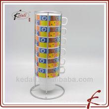 Taza de café de cerámica con soporte de hierro