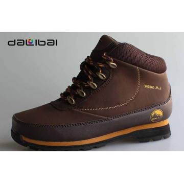 Factory wholesale VELVET lining mens high ankle cut sports shoes