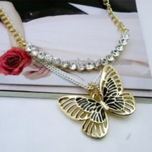 Mode Zinc Alloy papillon charme pendentifs pull Chain Necklace
