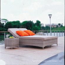Grey Wicker Enligh Market Popular Design Garden Rattan Aluminum Outdoor Pool Lounger