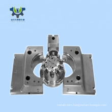 Injection tooling mould