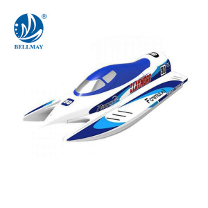 2.4GHz -2CH High Speed RC Boat equipped with a water-cooled motor