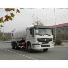 SINOTRUK Howo vacuum sewage collection truck