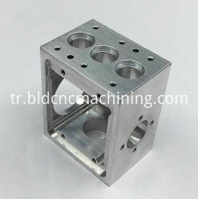 CNC milling service for aluminum