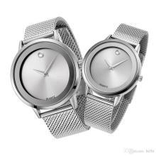 Batería con reloj de pulsera de acero inoxidable