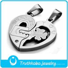 Nuevo diseño de la joyería del corazón de la pareja Corazón roto Colgante Fourleaf Trébol de plata de acero inoxidable PendantJewelry Accesorios clave