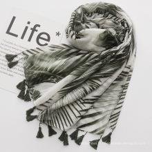 2018 Nouvelle arrivée chaude feuilles d'argent imprimé pashmina écharpe coton écharpe de voyage de protection solaire avec gland