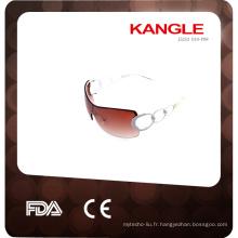 logo personnalisé et en gros des lunettes de soleil en plastique