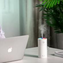 Kleiner süßer USB-Auto-Luftbefeuchter mit Schwammstab