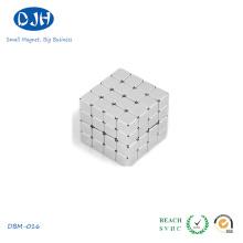 Aimants à blocs de bore à base de néodyme et à petit calibre Précis