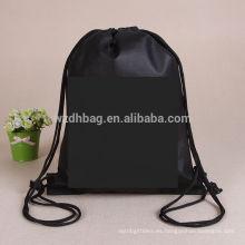 La bolsa de asas no tejida reciclada vendedora caliente del bolso de la mochila del lazo que hace compras promoción