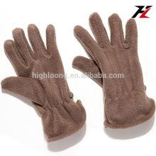 Простые коричневые флисовые перчатки с дешевой нижней ценой