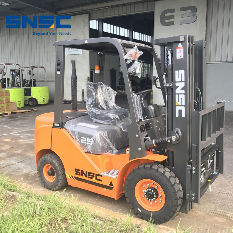 Customzied 2.5T Counter Balance Forklift