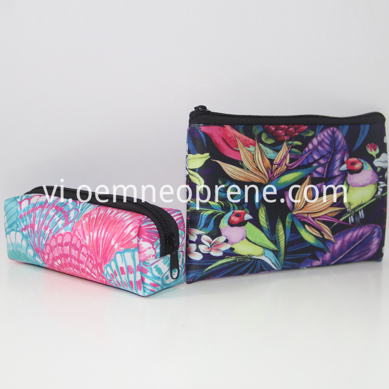 Neoprene cosmetic bag