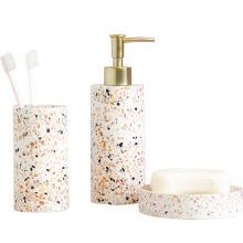 Conjunto de banheiro de porcelana para hotel de fábrica Conjunto de acessórios de banheiro