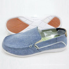 New Style Popular Men′s Shoes Slip-on Canvas Shoes Comfort Shoes