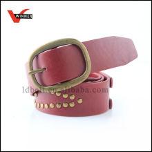 Cinto de couro com cordão de moda