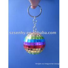 Llavero de bola de discoteca arco iris