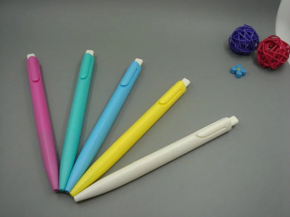 Trilateral Shape Colored Plastic Ballpoint Pen
