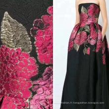 Tissu Jacquard en jersey à fleurs roses rouges noires