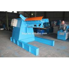 Máquina de descompilador de bobina de aço hidráulico 5T com carro de carga a venda, Descoberta hidráulica com carro de bobina