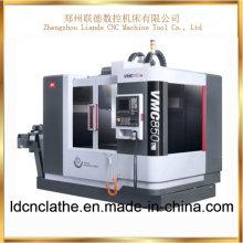 Centre d'usinage vertical CNC haute précision à vendre