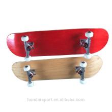 2017 Novo design de alta qualidade Raw Maple Wood completa skates
