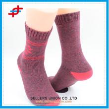 women's maple leaves patterned knitting sport sock