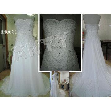 HH0601 2011 nueva manera A - alineó la colección nupcial modificada para requisitos particulares del vestido del cordón verdadero