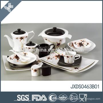 Facile nettoyage en gros mode décalque de fleurs design en porcelaine marocain style set de vaisselle