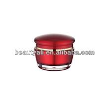 Красная акриловая кремовая банка с косметической упаковкой