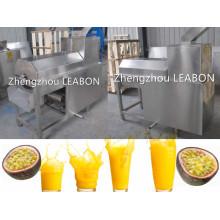 Passionsfruchtsaft, der Maschinen-Fruchtsaft-Pressmaschine machend trinkt