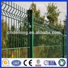 Qualität Garantiert verzinkter Draht geschweißt und PVC / PE beschichtet Eisen Draht Mesh Zaun