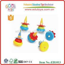 Деревянная спиннинговая мини-игрушка