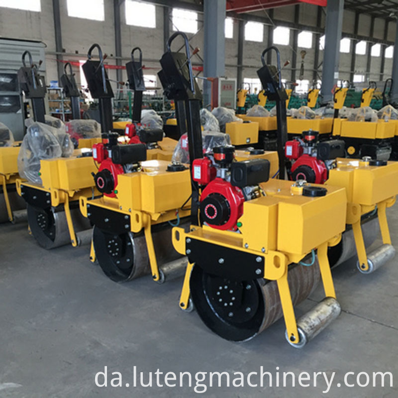 Vibratory-Compactor-Road-Roller-WORK SHOP SHOW