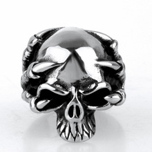 Non-mainstream grim Reaper Claw Skull Ring