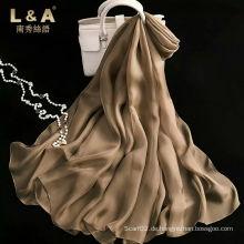 Der beliebte Silk Schal mit Solid Color