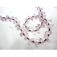 Pendentif en perles de verre à cristaux rocheux