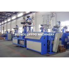 Machine de production de tuyau d'irrigation par égouttement