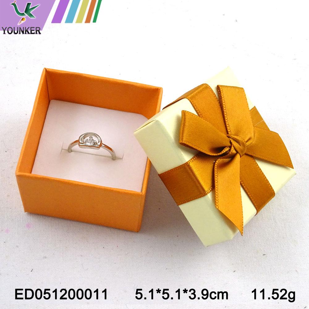 Elegant Ribbon Ring Boxes 004